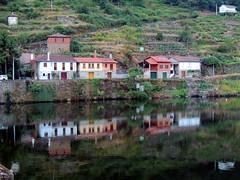Belesar (Lugo) (sebastiánaguilar) Tags: 2018 belesar lugo galicia españa ríos agua paisajeurbano