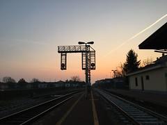 (martinafuggini) Tags: cielo rosso 6delmattino alba stazione