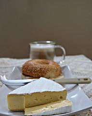 2018 Sydney: Brie, Bagel + Coffee (dominotic) Tags: 2018 food breakfast toastedsesameseedbagel coffee cheese circle bagel drink australiandoublebrie coffeeobsession yᑌᗰᗰy sydney australia