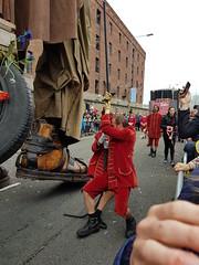 Giant Mechanics (cn174) Tags: liverpool liverpoolgiants giants liverpoolsdream giantspectacular merseyside albertdocks canningdock dog xoxo babyboy littlegirl