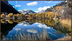 Réflexion faite ! (watbled05) Tags: ciel couleurs extérieur eau hautesalpes lac massifdesecrins montagne nuages paysage rochers reflets automne