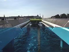 inderhavnsbroen (greger.ravik) Tags: köpenhamn copenhagen dlg dlg18 dag2 denmark danmark bridge bro blue blå glass