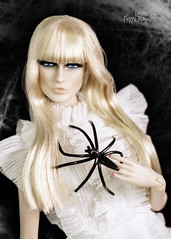 Glitter In the Cobweb (Ferry R.) Tags: lovetones love tones doll dolls dollcollector dollphoto dollcollection dollphotography roxy fashion fashionroyalty royalty famous icon famousiconroxy barbie barbiedoll blonde blond blondy beauty halloween halloween2018 happy spider spiderweb web cobweb