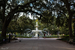 Autumn in the park HBM (Irina1010) Tags: park fountain water trees bench people music savannah forsythpark 2018 october canon outstandingromanianphotographers