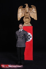 3R GM640 Adolf Hitler 1889-1945 Ver A - 80 (Lord Dragon 龍王爺) Tags: 16scale 12inscale onesixthscale actionfigure doll hot toys 3r did german ww2 axis