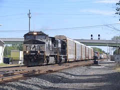 Norfolk Southern Chicago Line / MP 463 West (codeeightythree) Tags: class1railroad railroading railroad freight transportation freighttrain autoracks laporteindiana laporte indiana laportecountyindiana ns norfolksouthernrailroad norfolksouthernchicagoline norfolksouthern