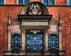 TOWN HALL (PHOTOGRAPHY|bydamanti) Tags: prague czechrepublic cz wall window townhall oldtown oldtownsquare europe iphonex
