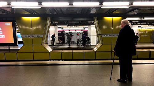 Views of Hamburg City - The Subway Moments at the Jungfernstieg