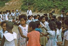 BD_171_720b (Stichting Papua Erfgoed) Tags: manokwari koninginnedag stichtingpapuaerfgoed pace kinderspelen
