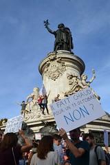 Climate change protesters march in Paris streets (Jeanne Menjoulet) Tags: climat change protesters manif marche manifestation environnement climate écologie 2018 13octobre chaud