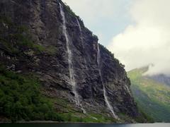 Geiranger fiord (Asun Idoate) Tags: geiranger fiordo noruega fiord cascadas