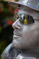 All in the Glasses (Claude Tomaro) Tags: yellow livingstatues living statues statue ottawa ontario canada claude tomaro cinstruction worker silver glasses reflection