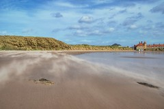 Windy Day (Evoljo) Tags: sand beach storm stormali wind cliffs beadnell northumbria sky sea weather blow nikon d500