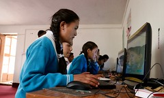 Students at Khaltse using the RACHEL device for the first time, image: S Jigmet