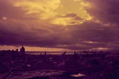 Stormy sky above Genova (lumpy79) Tags: yashica tl electro x auto yashinondx 117 f50mm expired kodak gold 200 o2 orange filter stormy sky genova italy