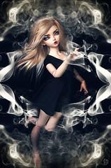 Dolltober Day 27 : Smoke. (Chantepierre) Tags: bjd balljointeddoll balljointed doll fairyland minifee minifée ria fc fullcusto full custo custom chantepierre ladicius goth gothic witch modern dolltober2018 dolltober 2018