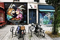 Quartier de Belleville - Oeuvre visible dans la rue Lemon, perpendiculaire à la Rue Dénoyez (T.Oscar) Tags: tag street art urban graffiti peinture graff paris france french paint hip hop belleville 19ème xixème 19 xix rue dénoyez denoyez rabbit lapin