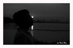 SHF_2198_Sunset (Tuan Râu) Tags: 1dmarkiii 14mm 100mm 135mm 1d 1dx 2470mm 2018 50mm 70200mm canon canon1d canoneos1dmarkiii canoneos1dx bw black blackandwhite white westlake silhouette đentrắng đen đenvàtrắng trắng hồtây ngượcsáng hoànghôn tuanrau tuan tuấnrâu2018 httpswwwfacebookcomrautuan71