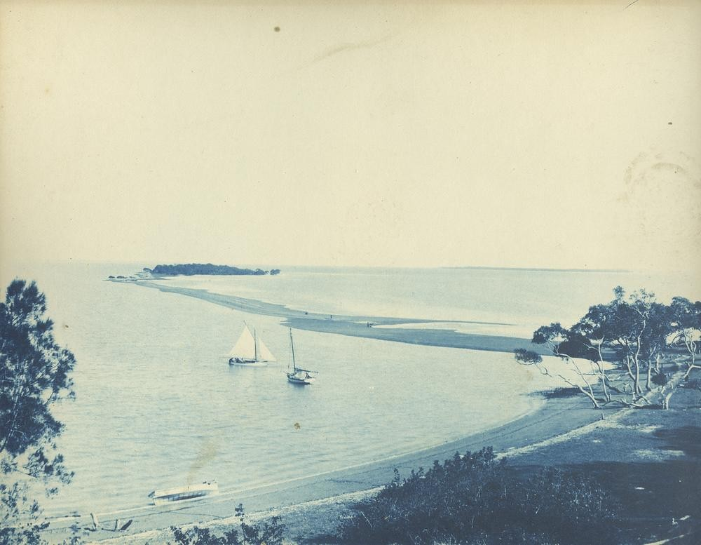 Low tide at Wellington Point, ca. 1895.
