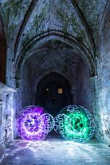 Jugando en el Monasterio (Piter) (Yorch Seif) Tags: noche night nocturna nocturnal lightpainting longexposure largaexposicion estrellas stars d7500 tokina1116