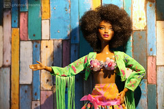 funky funky (photos4dreams) Tags: photos4dreams p4d photos4dreamz barbie doll dress mattel toy barbies girl play fashion fashionistas outfit kleider mode diorama puppenstube tabletopphotography aa beauties beautiful girls women ladies damen weiblich female funky afroamerican afro schnitt hair haare afrolook darkskin africanamerican canoneos5dmark3 hippie