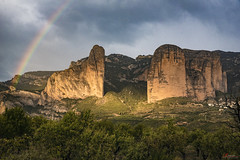 Rain over the Rainbow (_Hadock_) Tags: riglos de mallos landscape bridge puente huesca aragon españa spain mountain river carretera azul green blue verde rio creative commons comons full hd nikon d750 tamron 2470 f28 resolution wallpaper walpaper fondo pantalla screensaver desktop travel passport outdoor hill garden architecture arch mountainside rainbow armoires iris arco