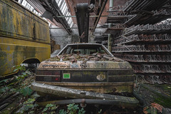 Old car in an abandoned building in Belgium (Steven Dijkshoorn) Tags: usine du justic urbex exploration decay abandoned hdr sony sonya7iii belgie belgium old car