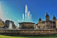 Fantastic & Fountain!😀 (LeanneHall3 :-)) Tags: fountain water maritimemuseum museum buildings hull kingstonuponhull hullcitycentre blue sky skyscape sunshine landscape canon 1300d groupenuagesetciel