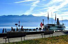"""""""La Suisse"""" au départ de Cully (Diegojack) Tags: vaud suisse cully bourgenlavaux lac léman d500 nikon nikonpassion paysages débarcadère bateau belleepoque lasuisse groupenuagesetciel"""