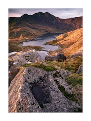 The last of the soft light (Dave Fieldhouse Photography) Tags: snowdonia snowdon wales northwales landscape portrait mountains mountain welshmountains llynllydaw rocks foreground lake pygtrack sunrise autumn hornsofsnowdon gwynedd shadows nationalpark fuji fujifilm fujixt2 light dawn morning path countryside