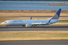 N68822 (LAXSPOTTER97) Tags: united airlines boeing 737 737900er n68822 cn 42178 ln 4876 aviation airport airplane kpdx