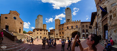 20180626-san-gimgnano-00236-260-pano_web (derFrankie) Tags: anyvision b bestofbest c h l labels landmarks m p s t towersofsangimignano building castle château city exported historicsite history landmark medievalarchitecture middleages plaza sky tourism touristattraction tours town ultraselect