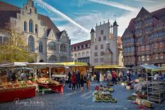 Wochenmarkt Hildesheim (r.wacknitz) Tags: hildesheim marktplatz market nikond3400 niedersachsen aurorahdr architektur altstadt fachwerk history geschichte historic