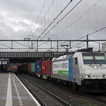 20181209 RTB 186 421 + containers, Eindhoven thumbnail