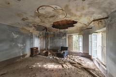 (Kollaps3n) Tags: urbex abandoned abbandono decay nikon italy abandonedplaces