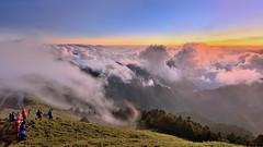 合歡山主峰~雲瀑夕彩~  Clouds Sunset (Shang-fu Dai) Tags: 台灣 taiwan 合歡山 主峰 3417m 雲海 雲瀑 cloudfall seaofclouds sunset hehuan nikon d800e afs1635mmf4 夕陽 landscape 南投 formosa 雲 雲彩 火燒雲 風景