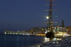 Il veliero addormentato...The sleeping ship ... (GIASTE) Tags: notturno mare velierorocce cielo città torre acqua flickrunitedaward