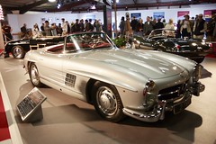 1957 Mercedes Benz 300 SL Roadster (Dave Hamster) Tags: goodwoodrevival goodwood 2018 motorsport autosport motorracing racing mercedesbenz300slroadster mercedesbenz300sl roadster mercedesbenz300 slroadster mercedesbenz 300 sl merc stevemcqueenspersonalcollection stevemcqueen