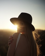 Diana Ebe sunset (Marcosari) Tags: 7artisans 7artisans35mm12 sunset portrait long hair dont care swede model california los angeles mullholland mulholland sony a6000 manual focus fashion