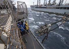 181010-N-HE318-1001 (U.S. Pacific Fleet) Tags: ussantietam cg54 usnstippecanoe tao199 fuel underwayreplenishment unrep fueling replenishmentatsea ras usnavy navy eastchinasea