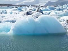 2018.08.10-15.00.27 (Pak T) Tags: bustour glaciallake glacierlagoon iceberg iceland jokulsarlon jökulsárlón