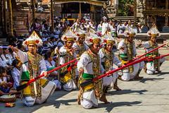 Ceremoniál (zcesty) Tags: dosvěta bali indonésie tirtaempul ceremoniál chrám domorodci indonesie2 ostrov tampaksiring indonesia id