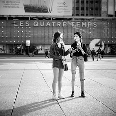 Les quatre temps (mouzhik) Tags: 1500sf35iso125 m2 eosm2 canon efm28mmf35macroisstm 28mmmacro 28mm canonefm28mmf35macroisstm мужик moujik mouzhik muzhik zemzem mujik paris parís 파리 париж 巴黎 парыж פריז pariisi パリ párizs parîs باريس parys parizo парис paryż παρίσι پاریس parijs photoderue photographiederue strasenfotografie streetphotography צילוםרחוב yличнаяфотография ストリートスナップ стритфотография تصويرالشارع fotografiadistrada fotoderua fotografíacallejera ladéfense hautsdeseine noiretblanc nb schwarzweis monochrom blackandwhite bw monochrome blancoynegro blanconegro biancoenero bianconero lesquatretemps