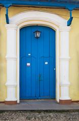 Blue In One (TablinumCarlson) Tags: amerika america karibik caribbean sea gulf mexico atlantic ocean cuba republic antilles antillen kuba tür door entry eingang blau blue kultur culture trinidad sancti spíritus weltkulturerbe unesco leica leicam m240 m 28mm summicron