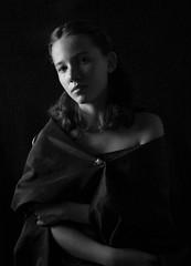 Regard (Willie-Crée) Tags: femme portrait woman noir blanc contraste sombre ombre lumière regard