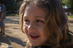 Risitas (Javiera Peralta Toro-Moreno) Tags: viñadelmar chile museo artequin viña niño boy kid children infante rubio blond fotografia fotografa photography nikon smile sonreir sonrisa risa reir laugh