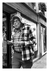ipnotic (MarcoBertarelli) Tags: man street photography venice venezia bw monochrome monochromatic expression old age zeiss sony