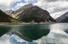 Lago di Livigno (cesco.pb) Tags: livigno valtellina lombardia lombardy italia italy canon canoneos60d tamronsp1750mmf28xrdiiivcld montagna mountains alps alpi