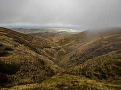 Issue Clough - Holme Moss (Craig Hannah) Tags: holmevalley wessenden walk walking stroll wander ramble pennine pennines peakdistrictnationalpark peakdistrict westriding westyorkshire holmfirth path trail track craighannah october 2018 photography photos canon england uk landscape clouds sky moorland
