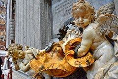 There must be an angel.... (Tobi_2008) Tags: engel angel rom roma rome vatikan petersdom italien italia italy italie europa europe
